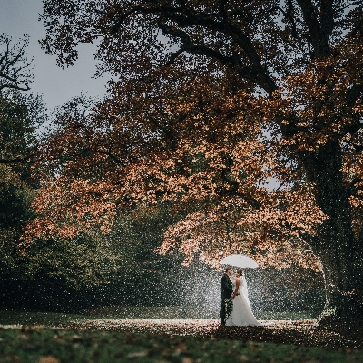 The Ravenswood: A stunning Sussex wedding venue, come rain or shine
