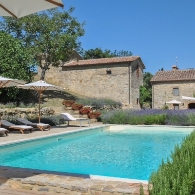 Isolated villas with Tuscany Now & More