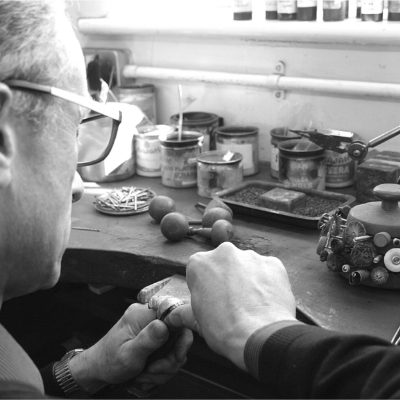 Aurum Designer Jewellers talks gold band alternatives