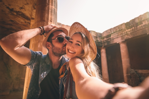 Honeymoon must-haves with American Express: Image 1
