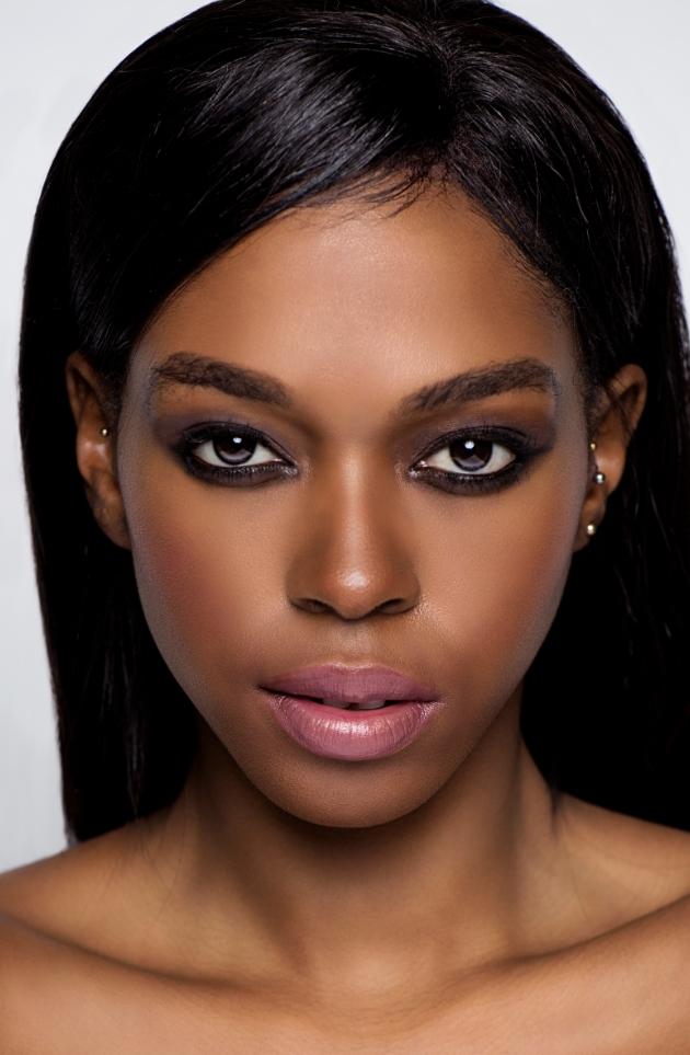 Model in make up