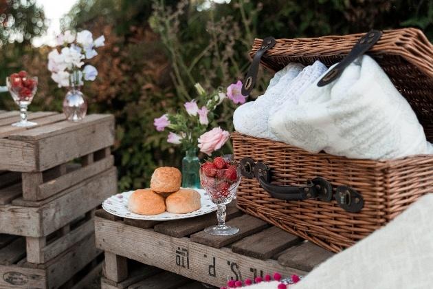 wedding afternoon tea picnic