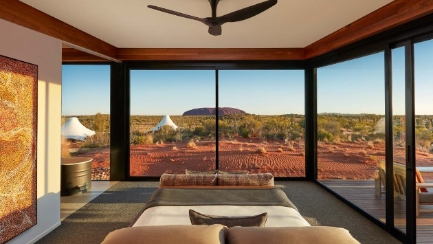 hotel in australia looking out at mountain