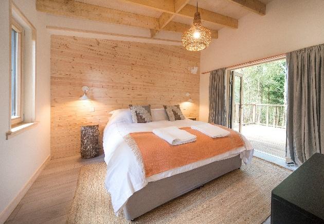 soft peach bedroom tones